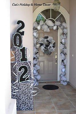 new years eve door decor