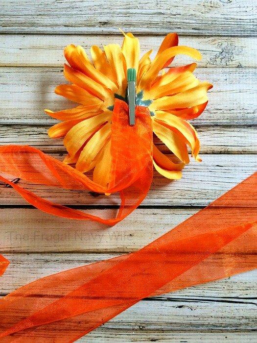 DIY Kids Tutu Scarecrow Costume Flower