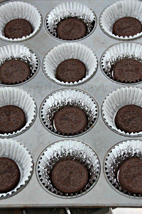 Oreo Cookie Cupcakes FNW 4