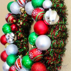 Making a Vintage Ornament Wreath for Christmas is a way to use ornaments in a way that is fresh and exciting. Creating one is a lot easier than you think. #christmas #wreath #diy #frugalnavywife #vntage | Christmas Wreaths | Christmas DIY | Vintage Christmas | Christmas Decor | Wreath Ideas | Home Decor for Christmas