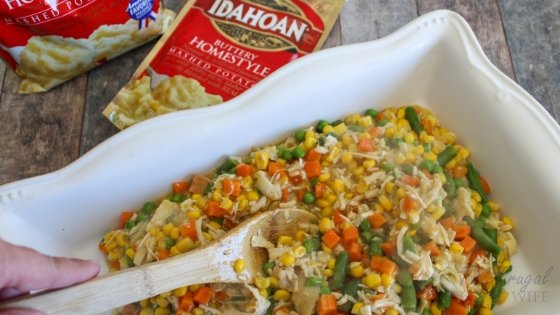 When it comes to making dinner, I have to get a little creative. This easy Chicken Pot Pie Casserole is a go-to meal for a big family. Made with Idahoan® Mashed Potatoes! #frugalnavywife #IdahoanMashed #ad #casseroles #dinnerrecipe   Chicken Pot Pie Recipe   Casserole Recipe   Easy Weeknight Meals   Dinner Recipe
