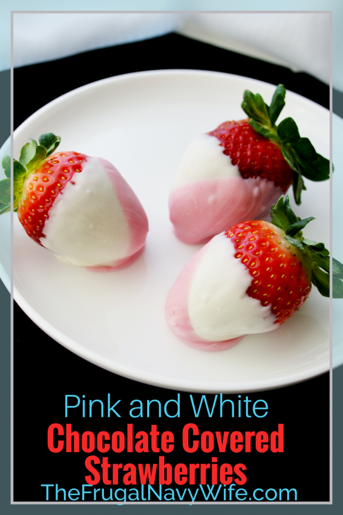 Change up the colors to match any theme or holiday and great for weddings. DIY Chocolate Covered Strawberries are easier then you think! #frugalnvaywife #chocolatecoveredstrawberries #dessert #easyrecipe #valentinesday #holidaytreat | Dessert Recipe | Easy Dessert Idea | Valentine's Day Idea | Chocolate Covered Strawberries | Wedding Ideas | 5 Minute Dessert Idea