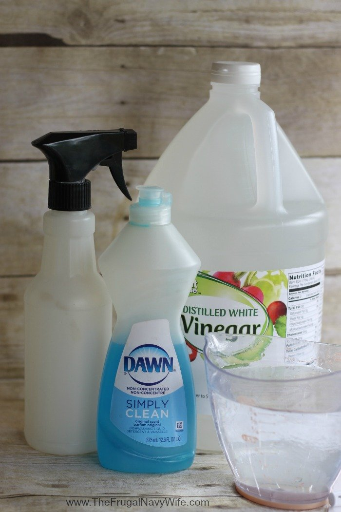 DIY Better Than Windex Glass Cleaner INgrediants