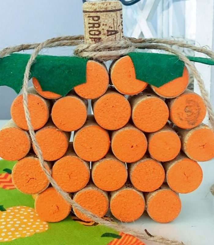 Easy Wine Cork Pumpkins Craft – PERFECT for Fall | Wine Cork Crafts