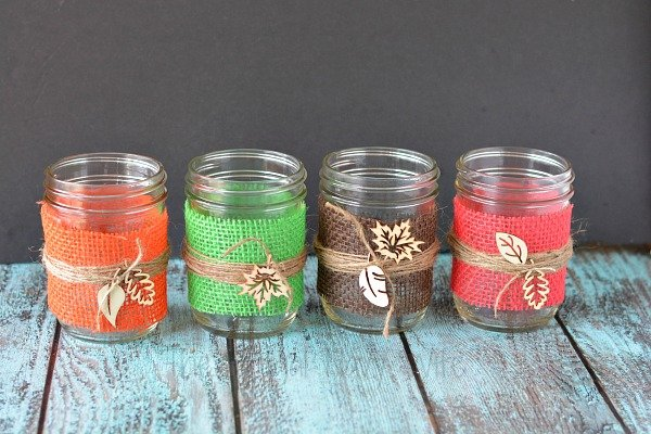 Diy fall decorations burlap mason jar centerpieces i love making my own diy fall decorations these burlap mason jar centerpieces are the junglespirit Image collections