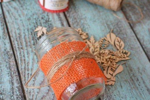 DIY Fall Decorations - Burlap Mason Jar Centerpieces