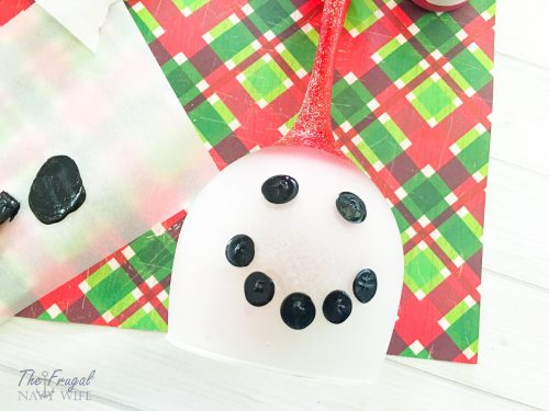 Easy DIY Snowman Wine Glass Candle Holder Face