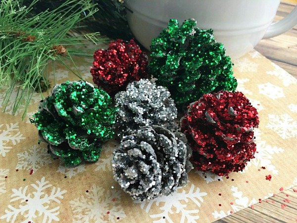 one of my favorite memories of winter and christmas are making pine cone crafts and making