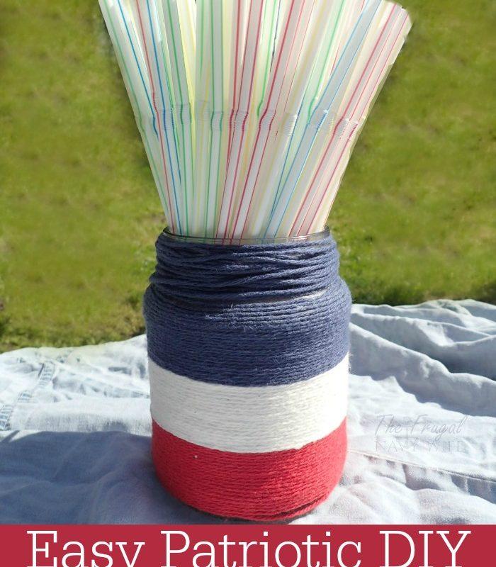 4th of July Decorations – DIY Patriotic Yarn Mason Jars