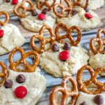 Looking for a super fun and easy Christmas cookie recipe that the kids can help you with? These Rudolph Cookies are easy and yummy and look so darn cute! #rudolph #cookies #christmas #frugalnavywife | Rudolph Cookies | Christmas Cookies | Christmas Baking | Recipes for Kids | Food Art |