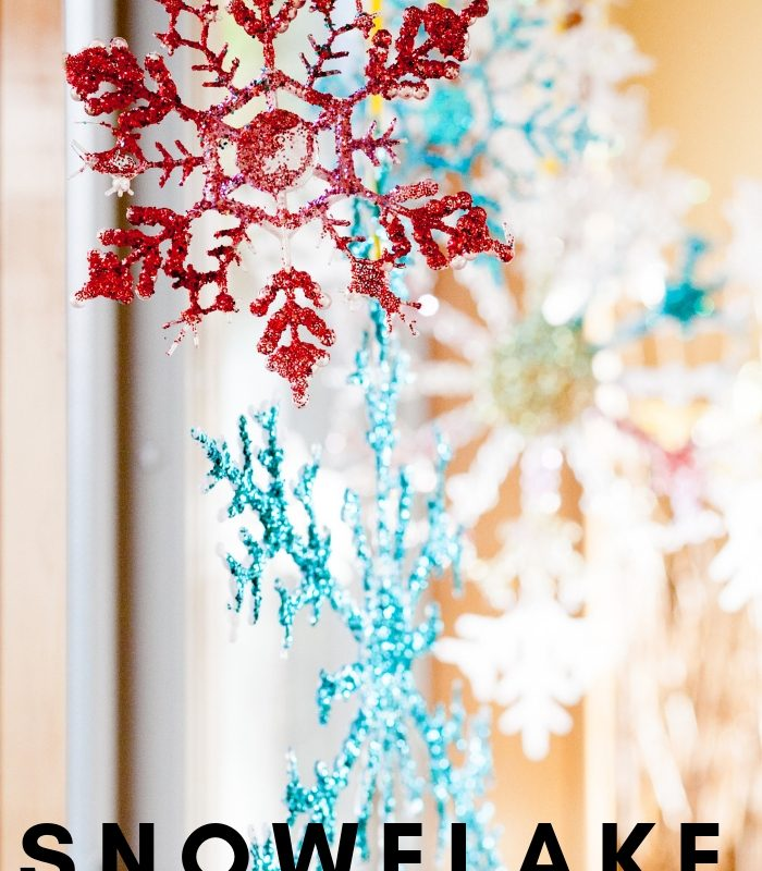 15 of the Best DIY Snowflake Decorations