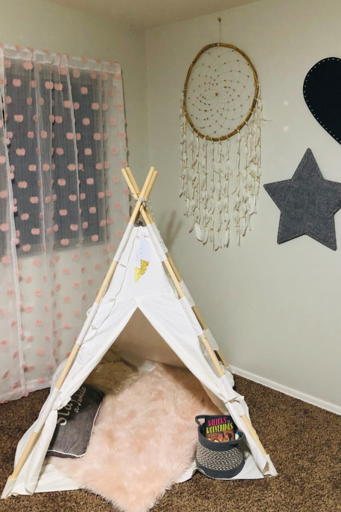 If you are looking for hot items for girls this season, you are in the right place! Use these top items to update your daughter's room. #frugalnavywife #redecorate #girlsroom #teepeetent #bohemian #giftguide | Girls Room Ideas | Preteen Bedroom Decor | Gift Guide | Holiday Gift Guide | Updating Bedrooms |